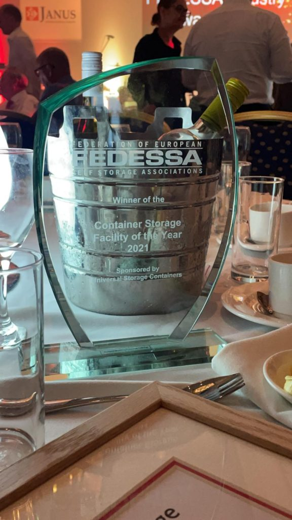 blue self storage wins European Storage Container Facility of the Year 2021