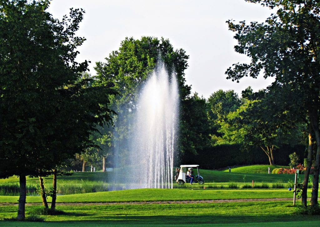 Pond maintenance on golf courses - find out more from Genesis Biosciences